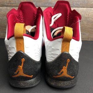 sale retailer 2dc35 04033 Nike Shoes - Nike Air Jordan Melo M11 Basketball Shoes Xmas